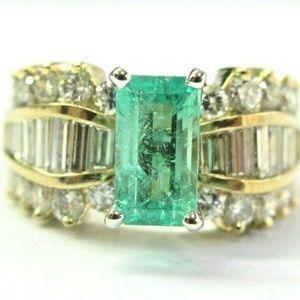 Jewelry - 18Kt Colombian Green Emerald & Diamond Yellow Gold